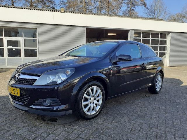 Opel Astra GTC 1.6 Temptation MET VOL JAAR A.P.K.