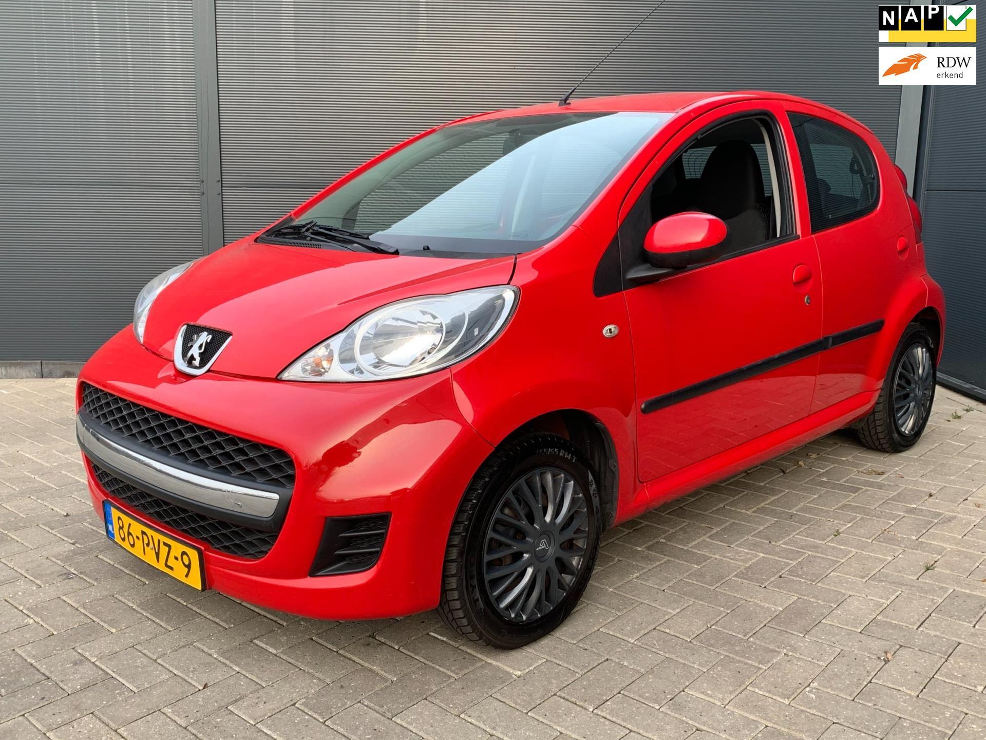 Peugeot 107 occasion - Van den Brom Auto's