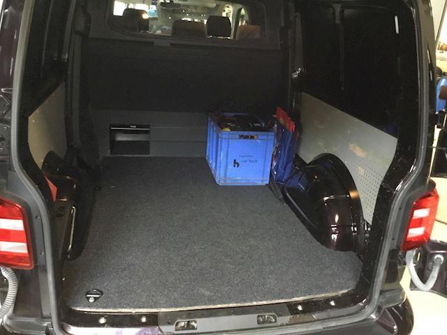Volkswagen Transporter 2.0 TDI L2H2 Highline dubbel cabine