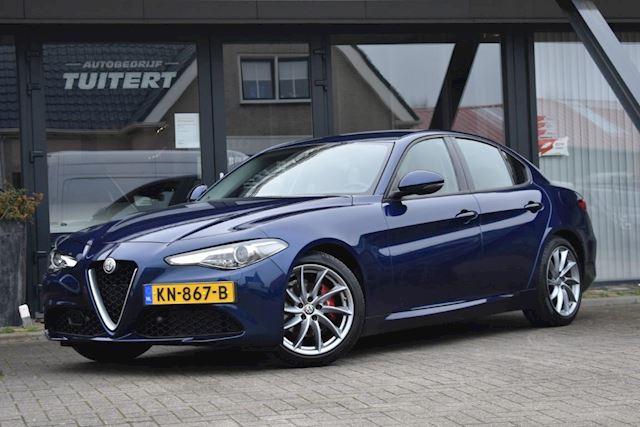 Alfa Romeo Giulia occasion - Autobedrijf Tuitert