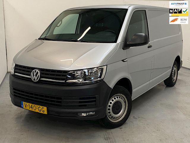 Volkswagen Transporter 2.0 TDI L1H1 Highline / Navi / Airco