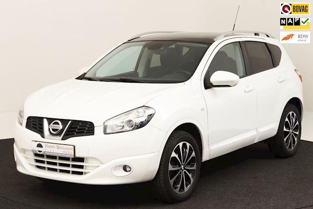 Nissan Qashqai 1.6  white Edition pano/navi./half leder