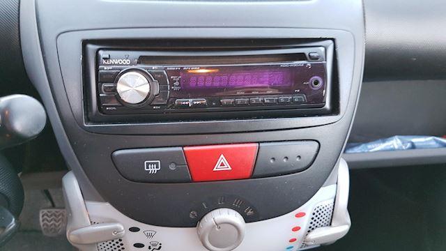 Citroen C1 1.0-12V Séduction- Radio/CD/MP3-Nieuwe APK April 2022
