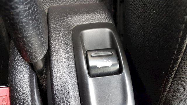 Peugeot 206 CC 2.0-16V-Airco/ECC-Elec.-Pakket NAP