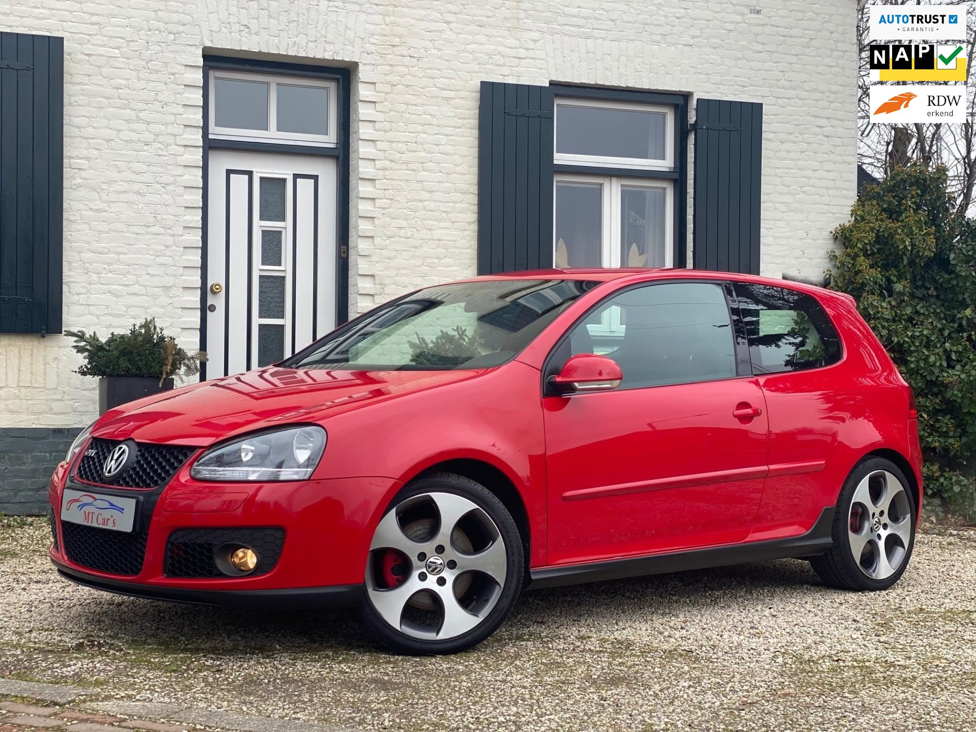 Volkswagen Golf occasion - M.T.  Cars & Carcleaningcenter