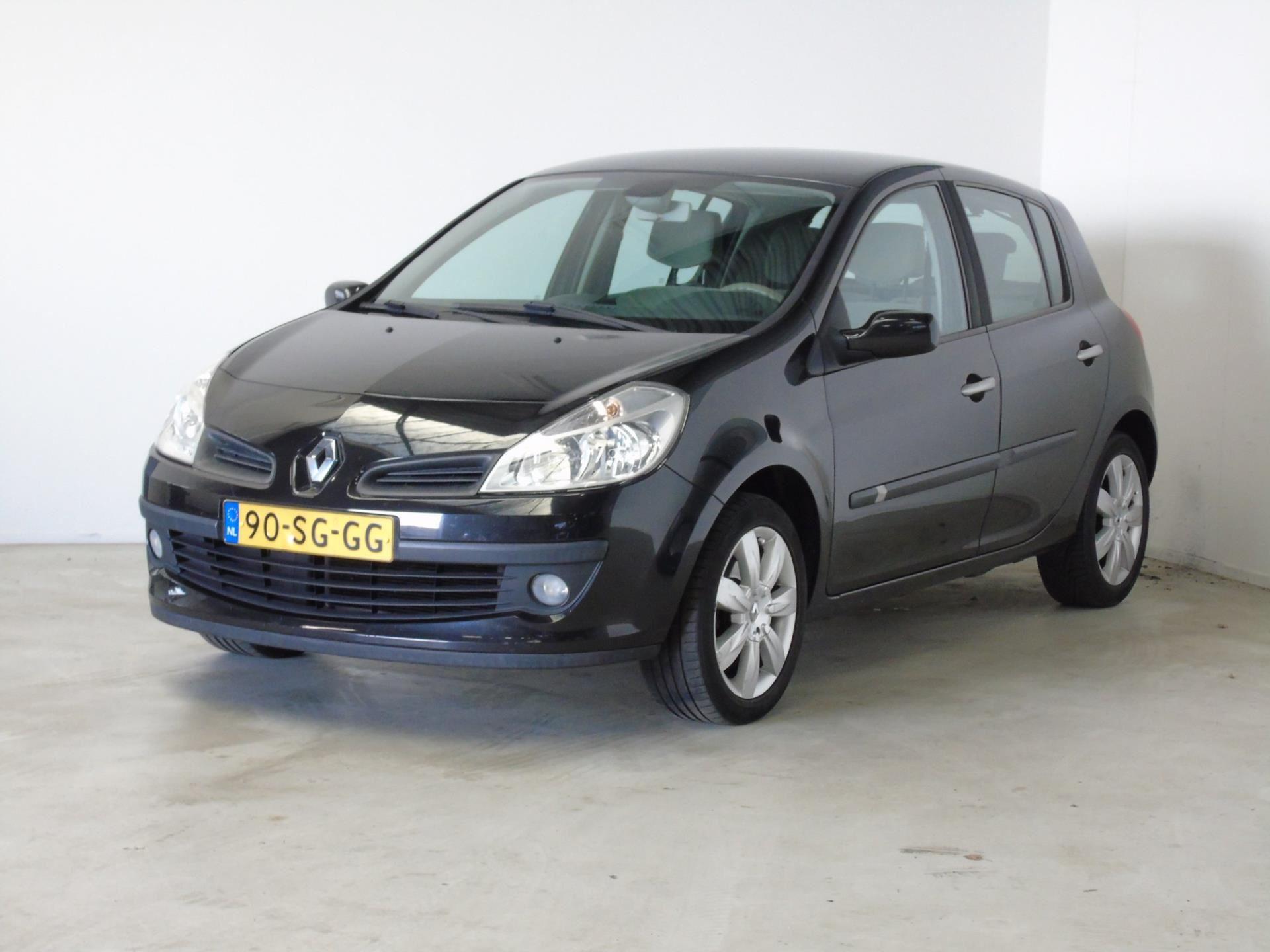 Renault Clio occasion - van Dijk auto's