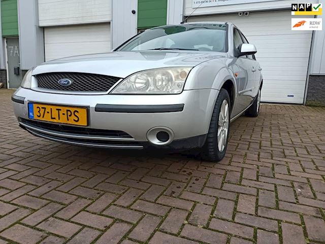 Ford Mondeo 1.8-16V Collection