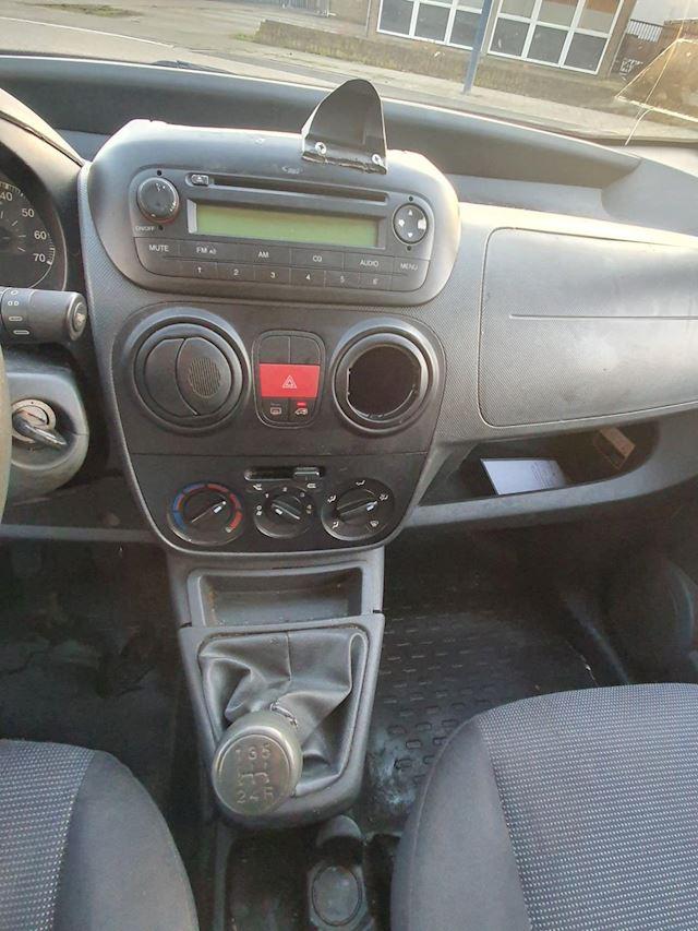 Peugeot Bipper 1.4 HDi XT DIVERSE OPTIES BEHOEFT ENIGE AANDACHT