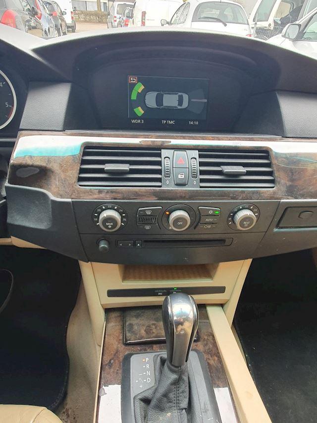 BMW 5-serie 530d YOUNGTIMER AUTOM LEDER PDC XENON VOL OPTIES