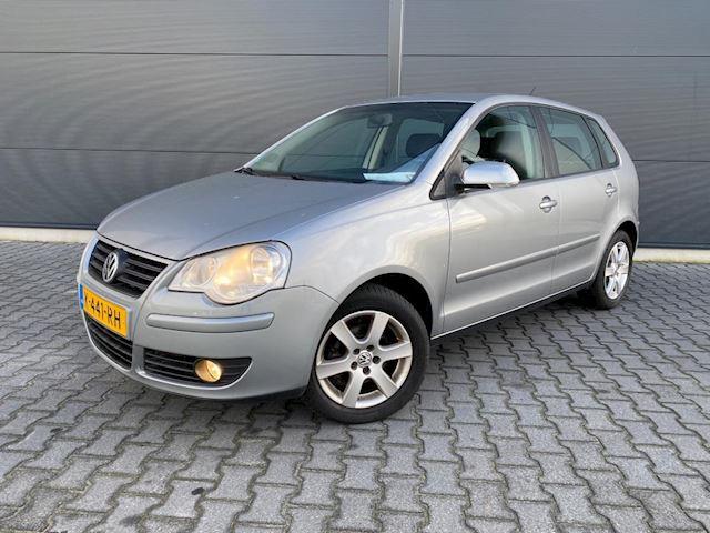 Volkswagen Polo 1.2-12V Comfortline ( nette auto )