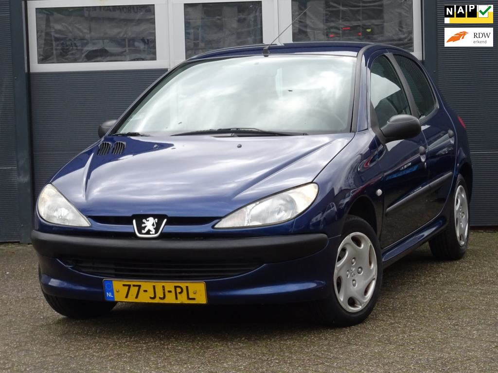 Peugeot 206 occasion - Automall