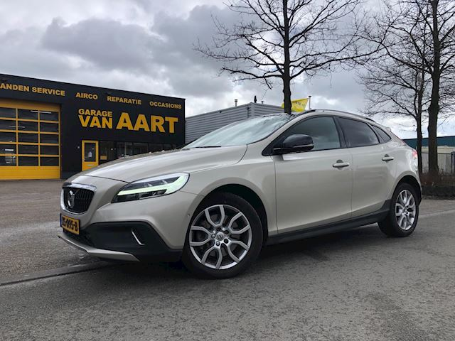 Volvo V40 Cross Country 1.5 T3 Polar+ Luxury/CAMERA/STOELVERW/