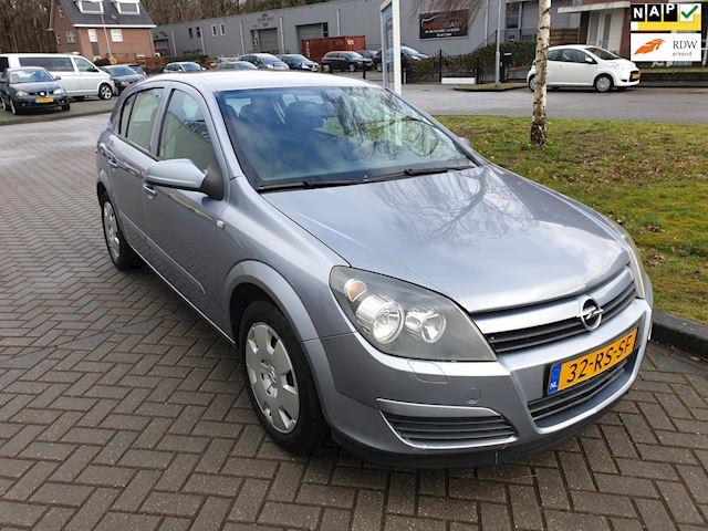 Opel Astra 1.6 Enjoy 5 deurs airco nieuwe distributieriem