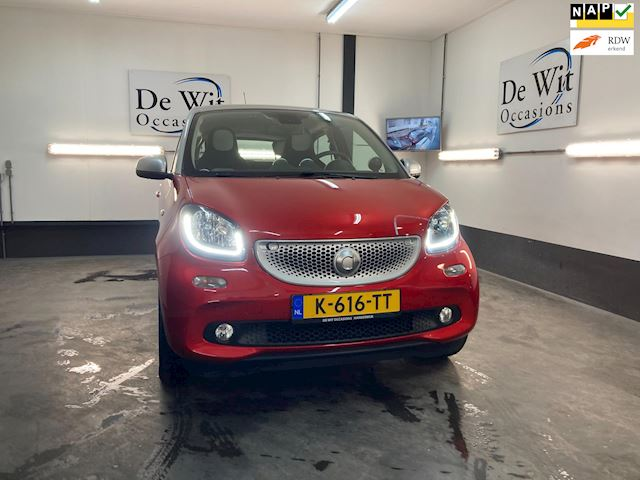 Smart Forfour 1.0 PASSION uitv. incl. NAVI, PDC, STOELVERW., CRUISE-CONTROL, LED etc.etc. incl. NWE APK/GARANTIE.