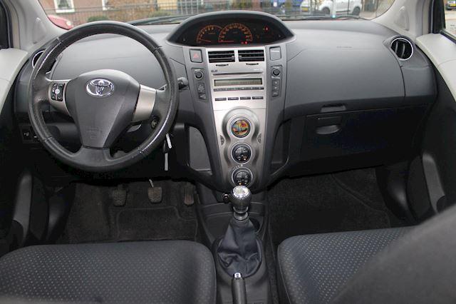 Toyota Yaris 1.3 VVTi Aspiration 5 deurs climate control 1 eig.