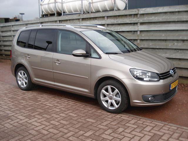Volkswagen Touran 1.2 TSI Comfortline BlueMotion 7p. Leder, Navigatie