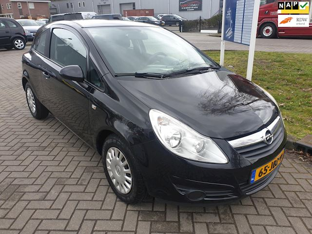 Opel Corsa 1.2-16V Essentia