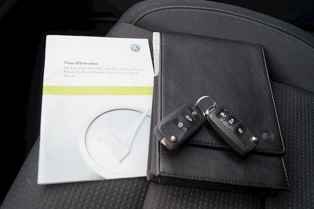 Volkswagen Golf 1.2 TSI Comfortline    Navi   Xenon   PDC   5-DRS