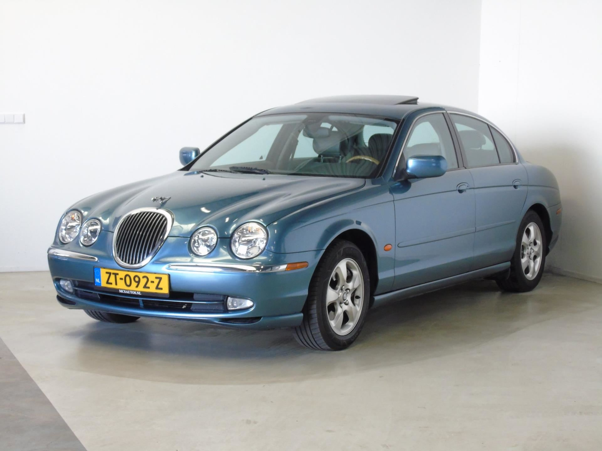 Jaguar S-type occasion - van Dijk auto's