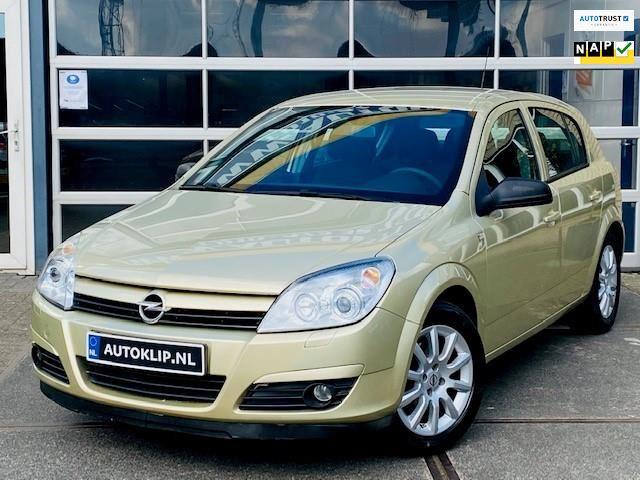 Opel Astra occasion - Gebroeders De Klip
