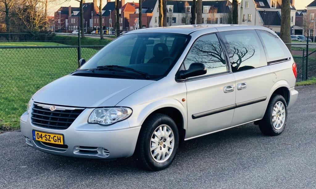 Chrysler Voyager occasion - Stuivenberg Auto's