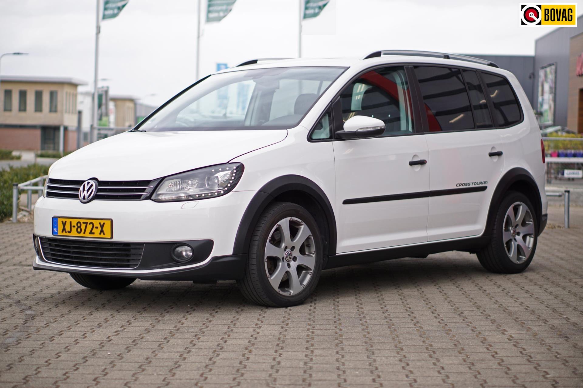 Volkswagen Touran occasion - Autobedrijf Univer
