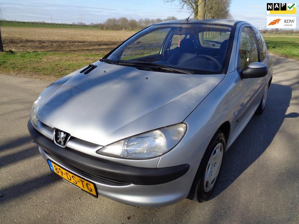 Peugeot 206 occasion - Autobedrijf Verheijen
