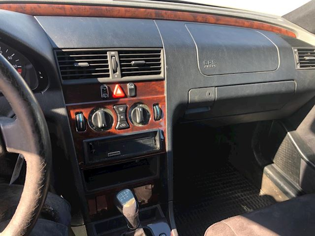 Mercedes-Benz C-klasse Combi 180 Elegance