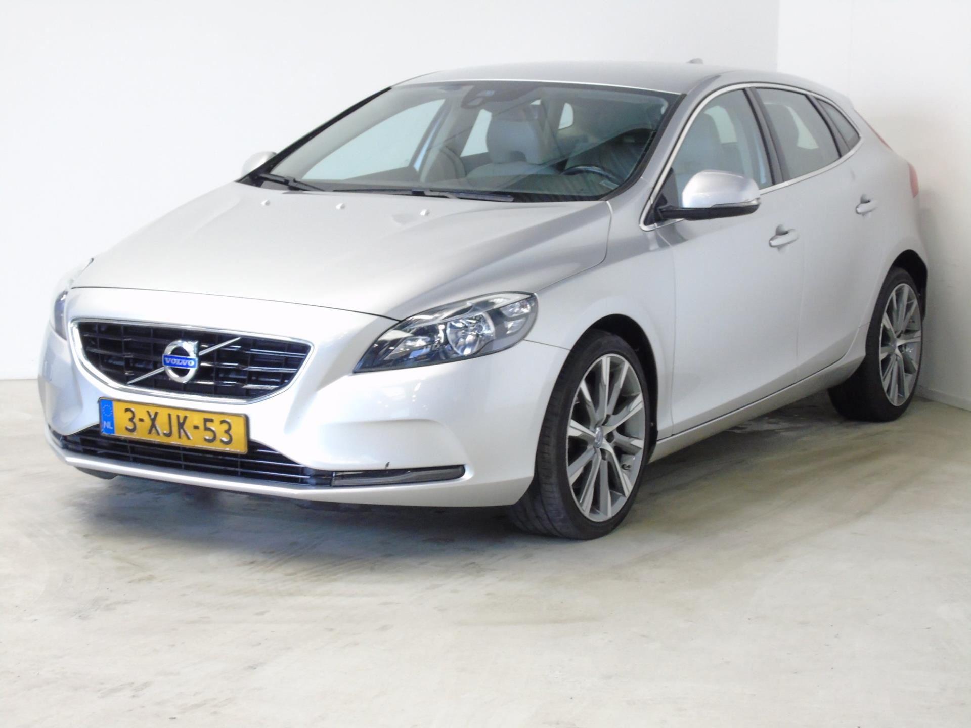 Volvo V40 occasion - van Dijk auto's