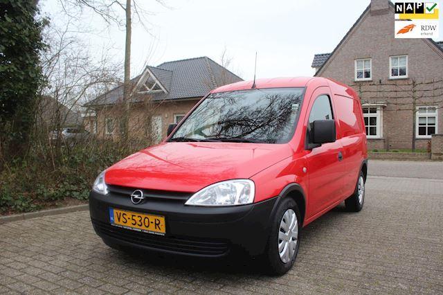 Opel Combo zeer nette auto met airco MET NIEUWE APK  1.3 CDTi Base 600 kg.