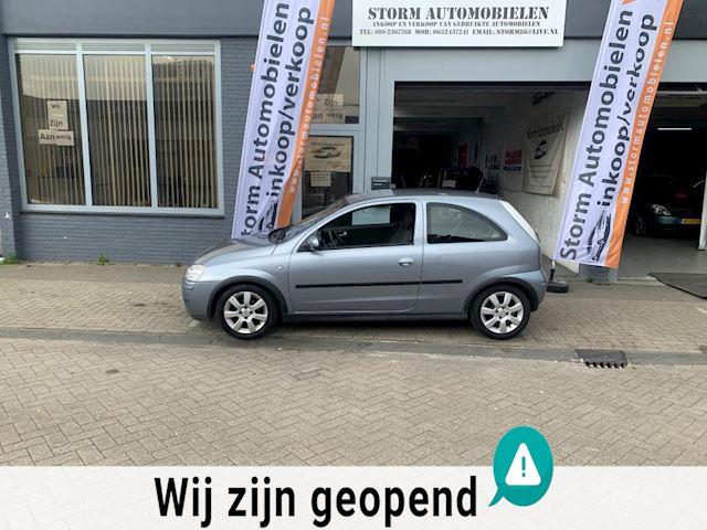 Opel Corsa 1.0-12V Silverline met Onderhoudshistorie, Airco, NAP en een nieuwe APK!!!