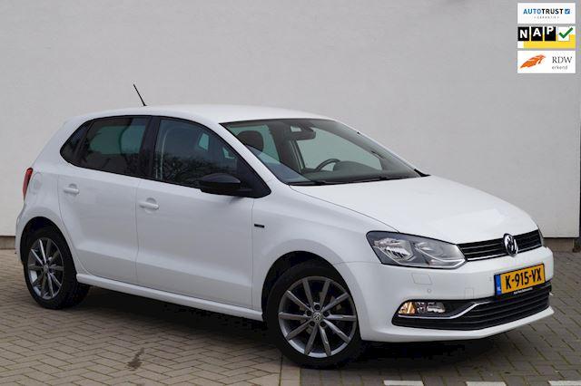 Volkswagen Polo 1.0 First Edition /  AIRCO / CRUISE / GARANTIE / PDC / CARKIT / INRUIL MOGELIJK