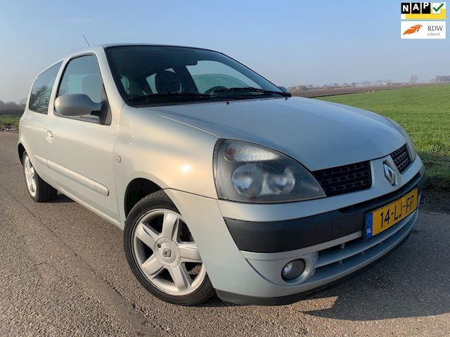 Renault Clio 1.6-16V Sport / 140.0000km