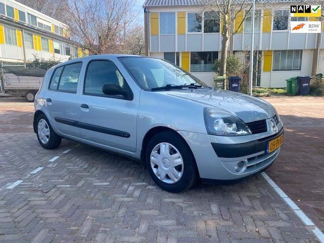 Renault Clio occasion - Autobedrijf Otoman