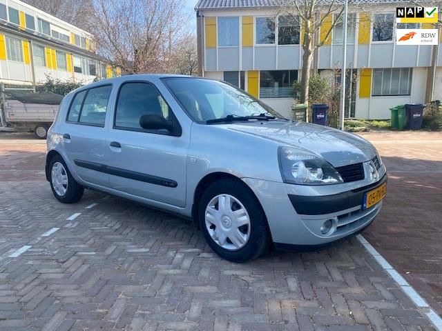 Renault Clio AUTOMAAT / 60.000 NAP / 5 deurs / Zeer mooie en nette auto
