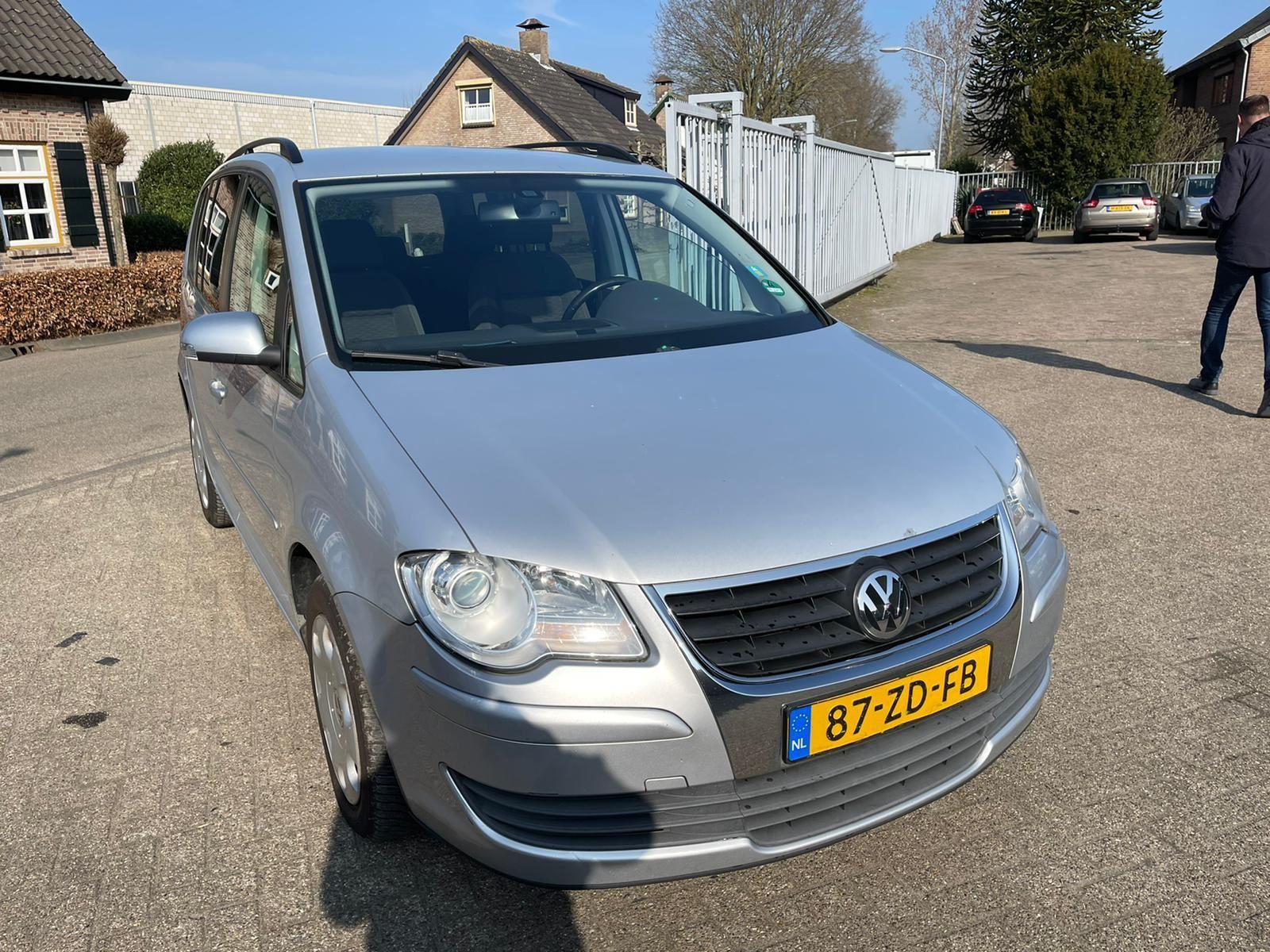 Volkswagen Touran occasion - DDM Export B.V.