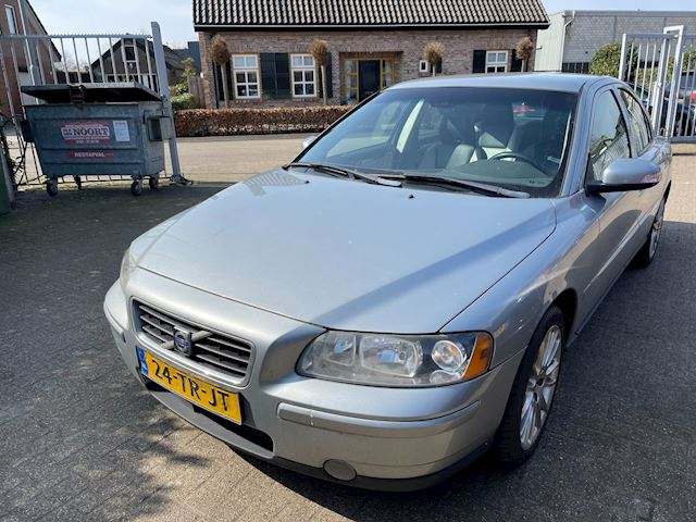 Volvo S60 2.4 benzine Kinetic