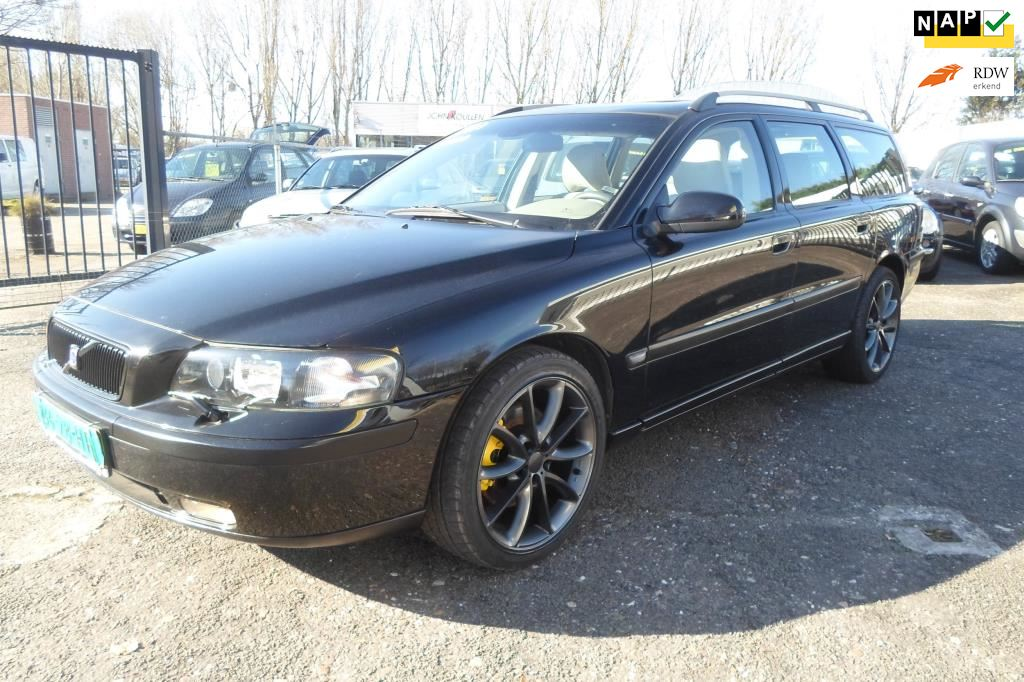 Volvo V70 2.3 T5 geartronic 300pk chiptuning occasion - Fkautos