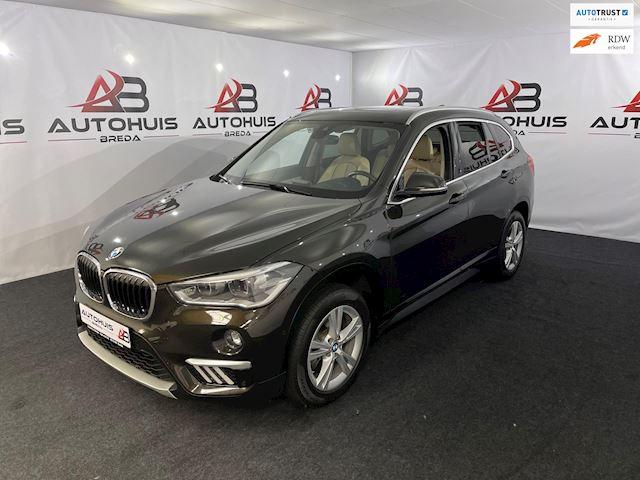 BMW X1 SDrive18i Centennial High Executive, Airco,Leder,Navi,Xenon,Automaat