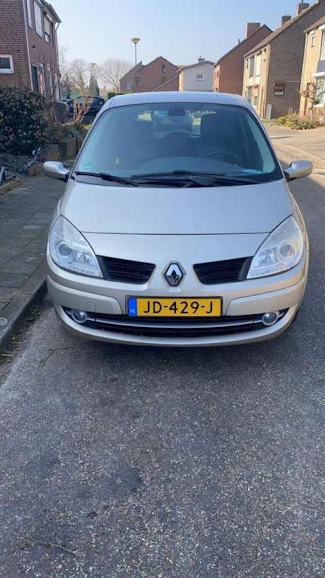 Renault Scénic 1.6-16V Privilège Comfort