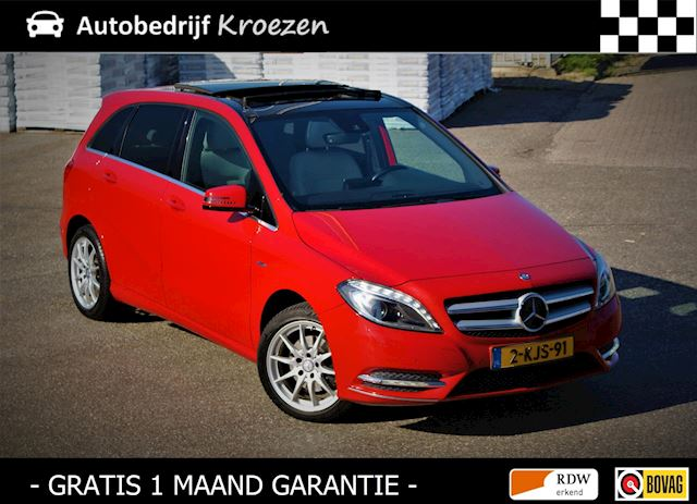 Mercedes-Benz B-klasse 200 Ambition * Panorama dak * Camera * Dealer onderhouden *