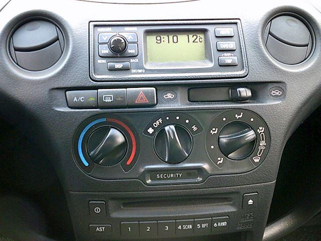 Toyota Yaris 1.3 VVT-i Idols(AIRCO/LMV/5-drs.)