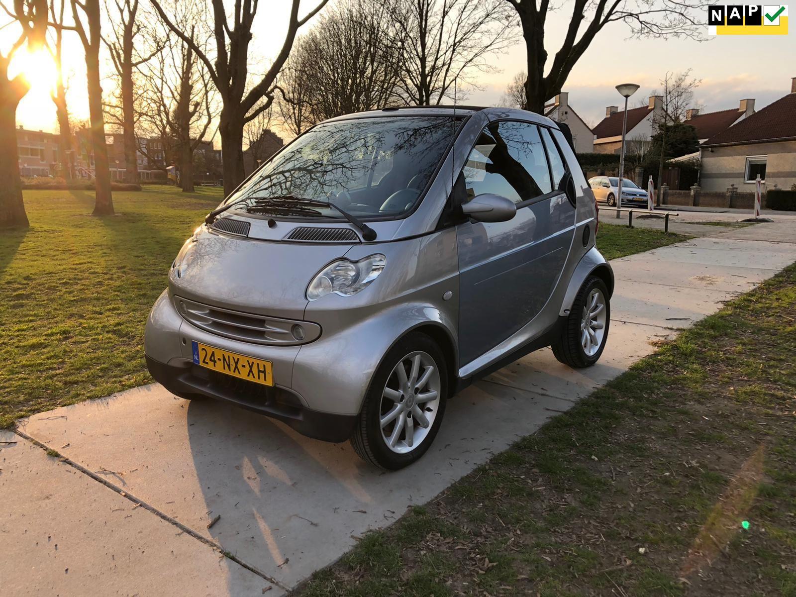 Smart Fortwo cabrio occasion - Garage Roxs