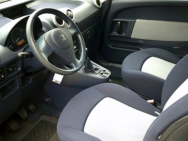 Peugeot 1007 1.4 Urban