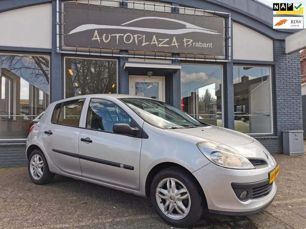Renault Clio occasion - Autoplaza Brabant
