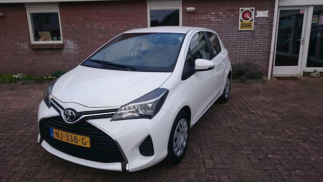 Toyota Yaris 1.3 VVT-i Aspiration Airco/cruise/ incl Bovag Garantie