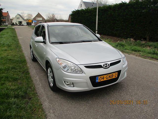 Hyundai I30 1.4i Dynamic 5 Drs met Airco en Nieuwe Apk