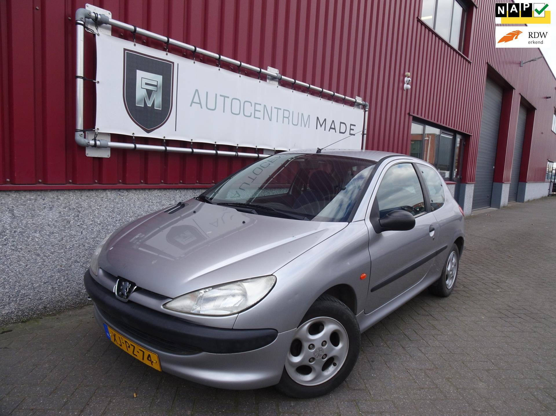 Peugeot 206 occasion - Auto Centrum Made