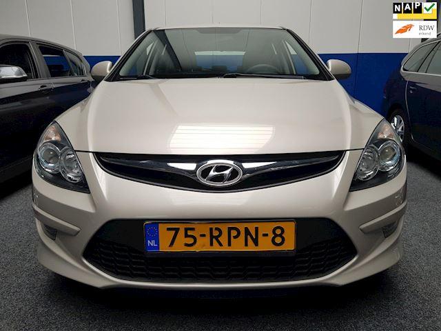 Hyundai I30 1.6i i-Drive Cool /Automaat/ECC/PDC/Boekjes+NAP/Inruil Mogelijk