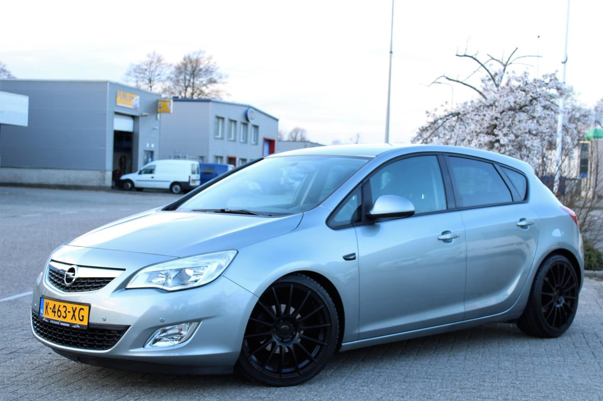 Opel Astra occasion - A tot Z Auto's B.V.